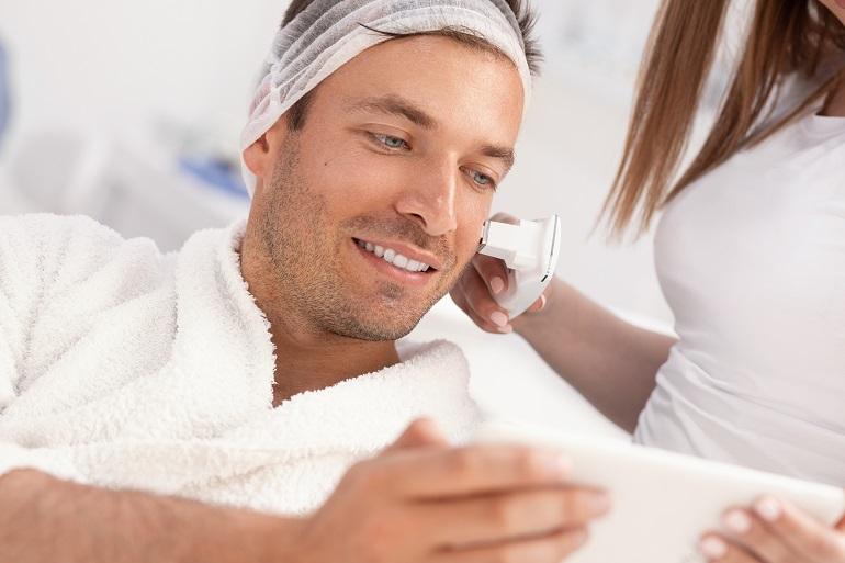 Komputerowe badania skóry u mężczyzn