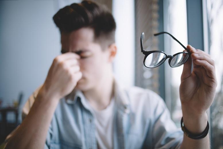 zamglone widzenie u mężczyzn