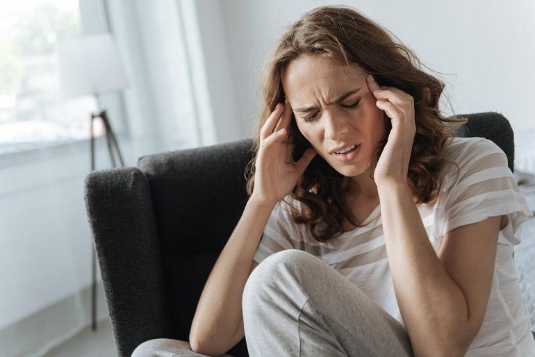 uciskowy ból głowy